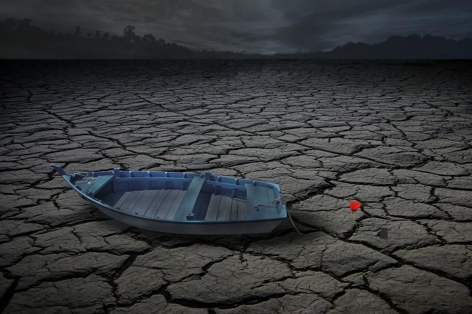 dry fishing lake